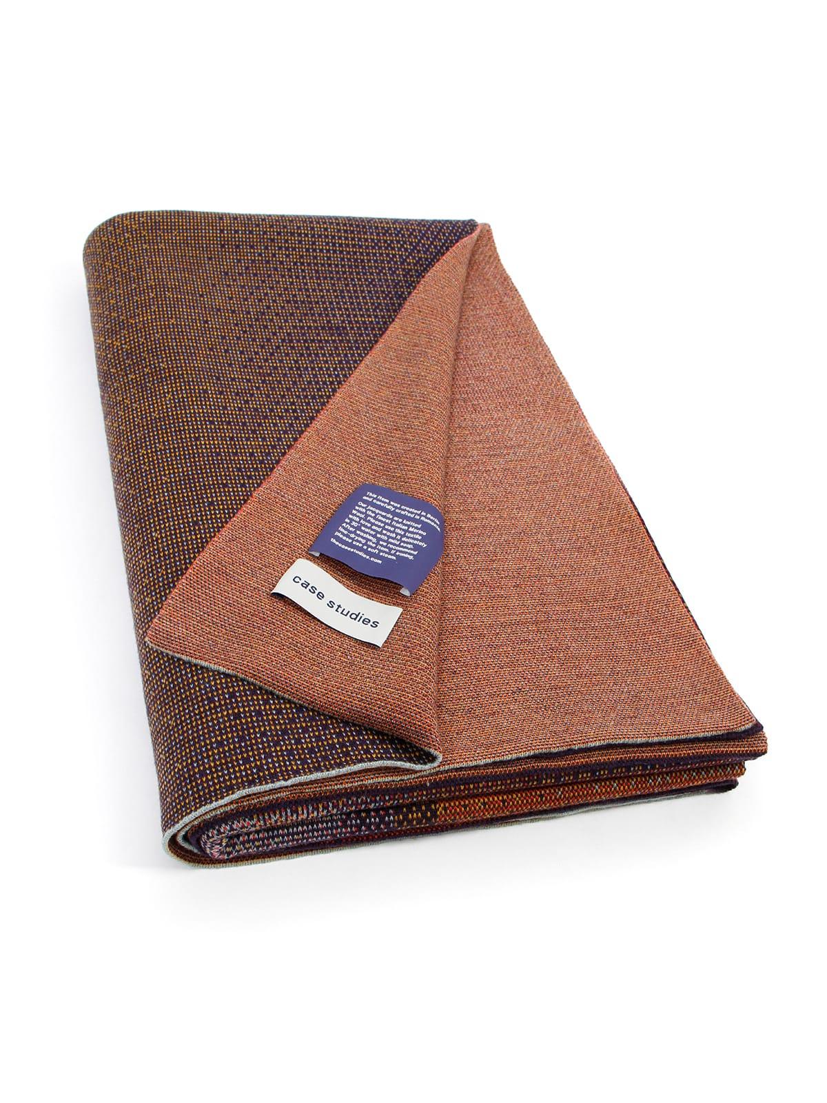 Knitted Blanket Musselshell - Merino Wool folded