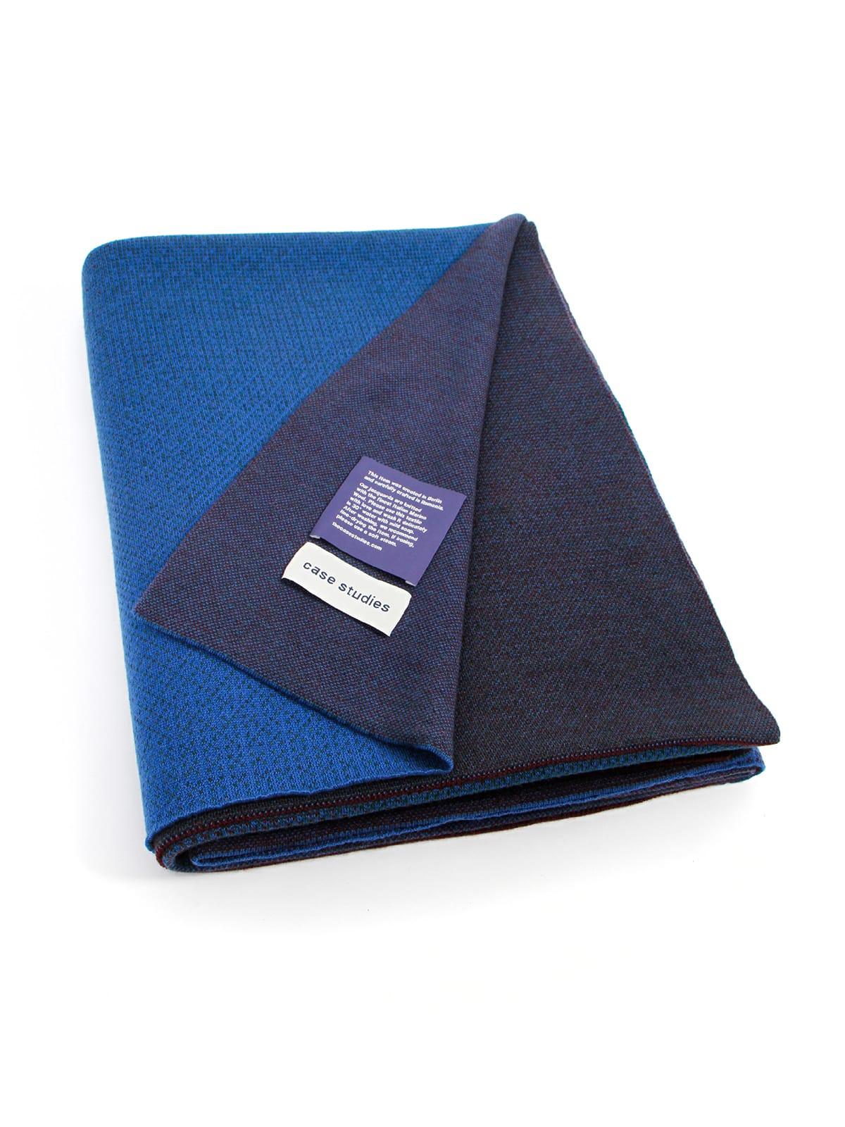Knitted Blanket Venice - Merino Wool folded